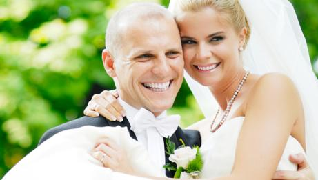 Cosmetic dental treatment bundle for engaged couples